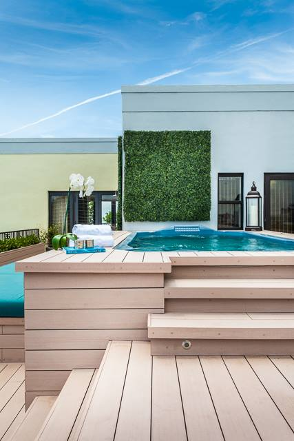 Miama Beach roof top with exclusive RESYSTA